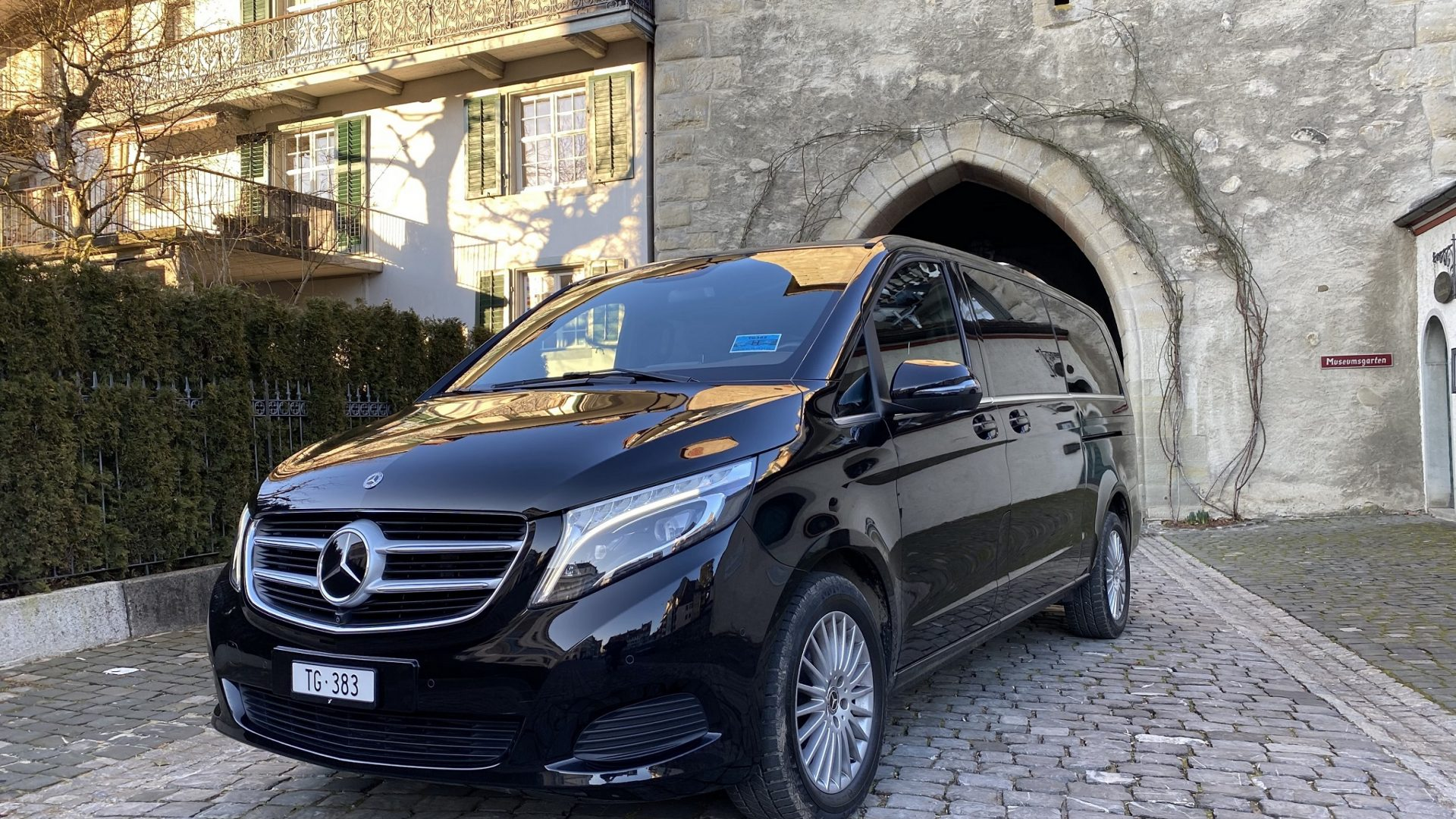 Mercedes V-Class THE DRIVER